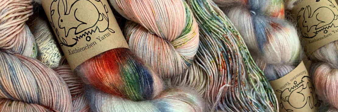 Kathienchen's fine hand-dyed yarns